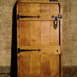 door in distressed oak with arch and ledges