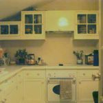 This was an early kitchen I did in the eighties when painted kitchens were getting popular, thought I'd put it in for nostalgia