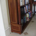mahogany & inlay fluted columns bookcase close up