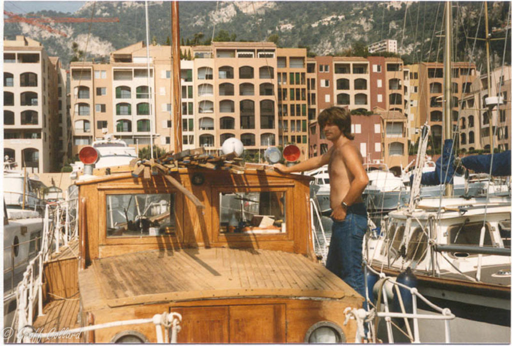 Replacing a boat deck in Monaco