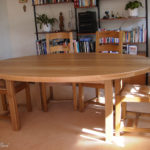 table eliptical in oak