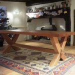 table in solid oak and cross legged design 3